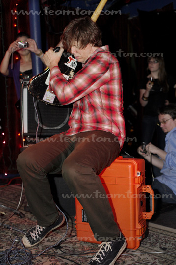 Thurston Moore/Gene Moore duo at Club Rehab, NYC