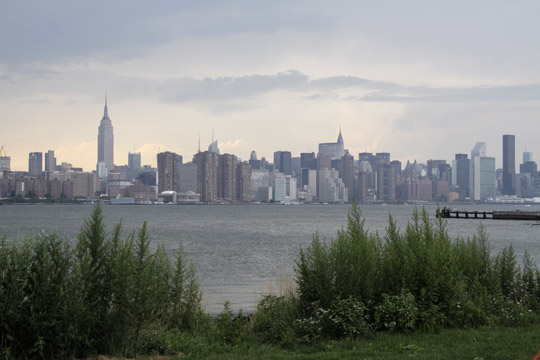Manhattan Skyline from Williamsburg, BKLYN