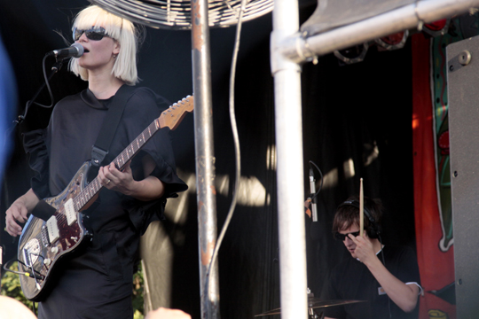 The Raveonettes at Village Voice's 2009 Siren Festival