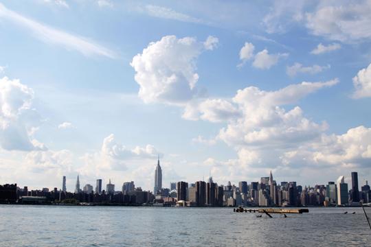 Manhattan Skyline from Williamsburgn, BKLYN